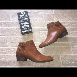 Ankle booties Brown Sz 13 American Eagle